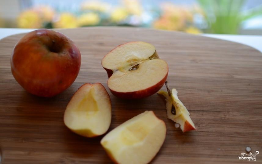 Яблоки с йогуртом - фото шаг 1