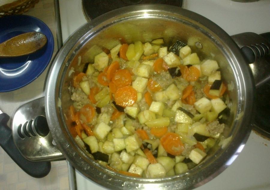 Рагу с фаршем и овощами - фото шаг 4