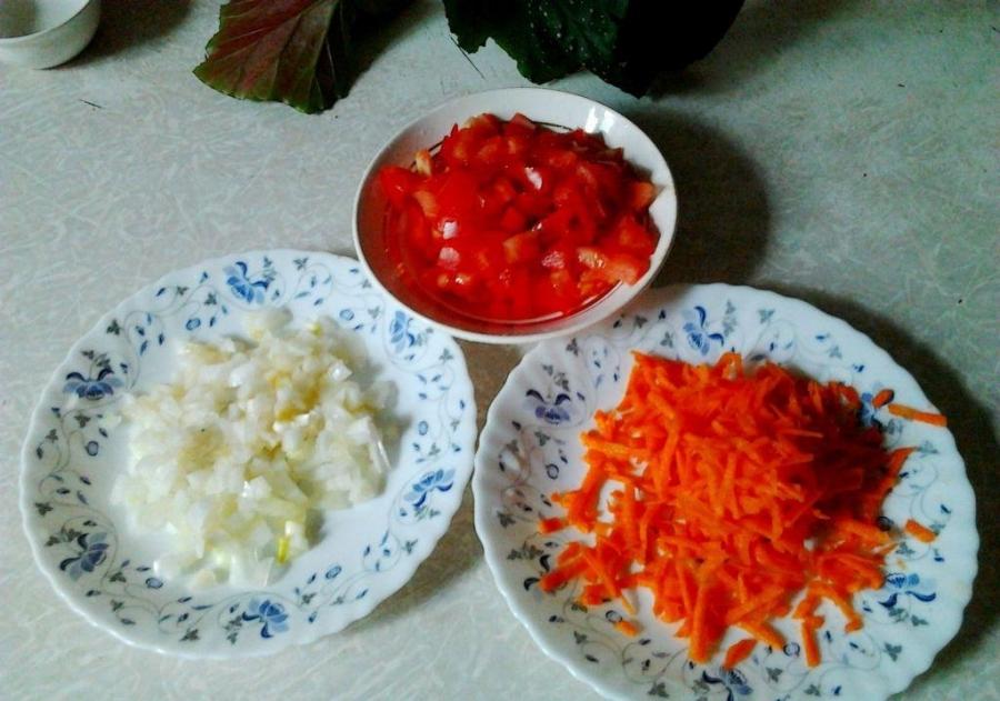 Курица в молочно-чесночном соусе на сковороде - фото шаг 3
