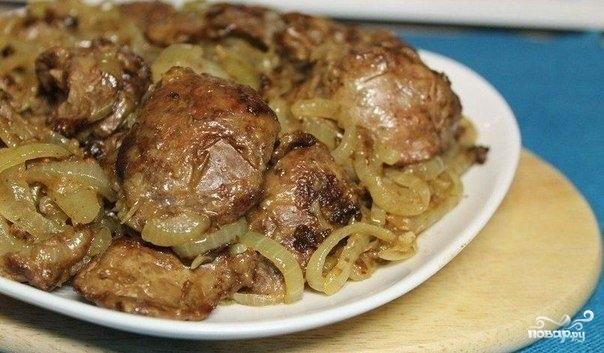 Куриная печень с луком - фото шаг 4
