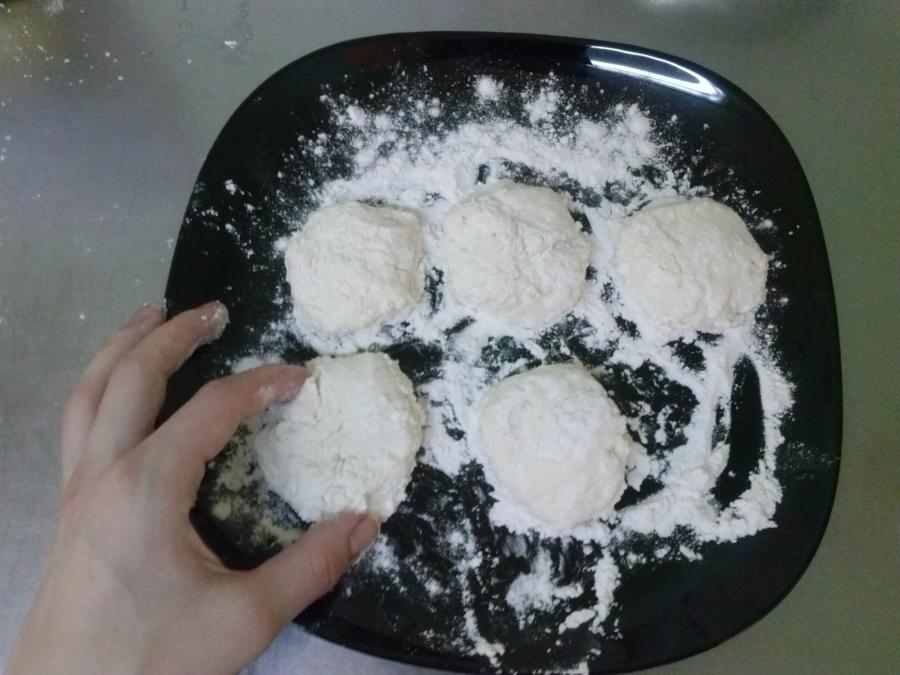 Нежные сырники - фото шаг 10