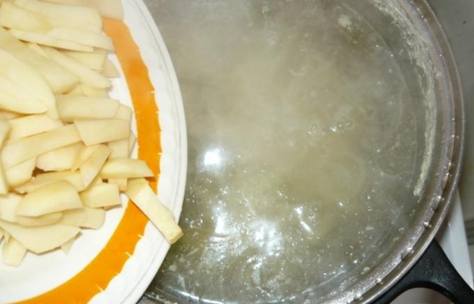 Куриный суп с омлетом - фото шаг 5