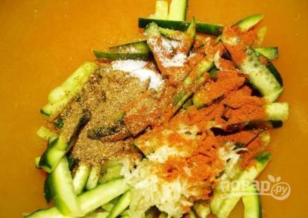 Огурцы по-корейски с мясом - фото шаг 5