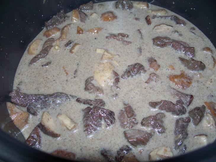Бефстроганов из оленины - фото шаг 6
