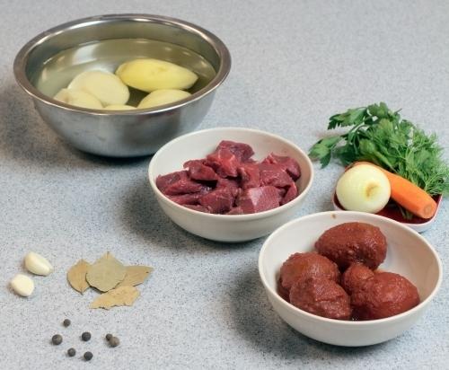 Рецепт Говядина с картошкой в казане