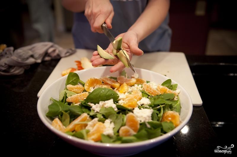 Салат с мандаринами - фото шаг 7
