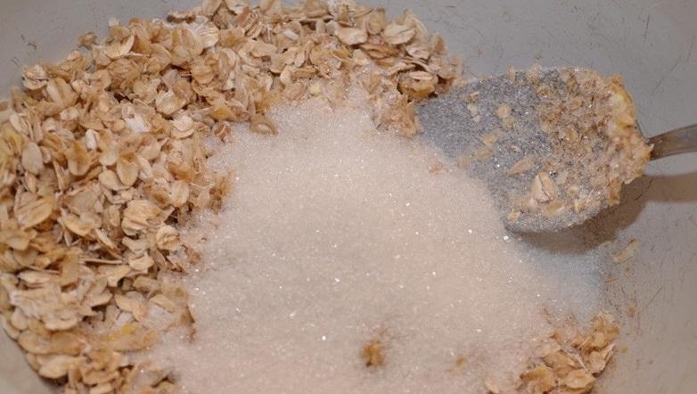 Низкокалорийное тесто для пирога - фото шаг 1