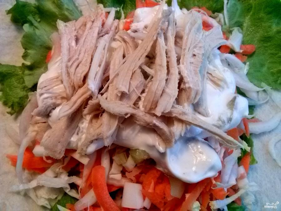 Салат в лаваше с курицей - фото шаг 5