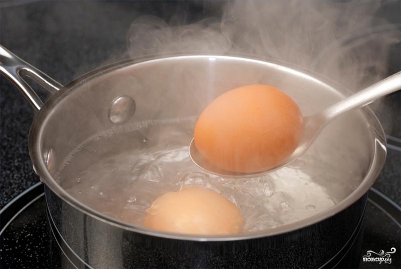 Салат из яиц и картофеля - фото шаг 2