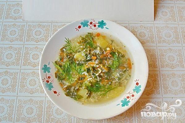 Весенний зеленый суп со щавелем
