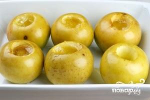 Печеные яблоки в микроволновке - фото шаг 4
