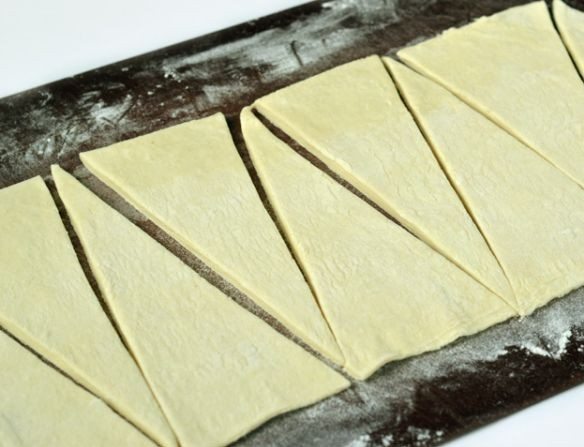 Рецепт Круассаны с сыром и ветчиной