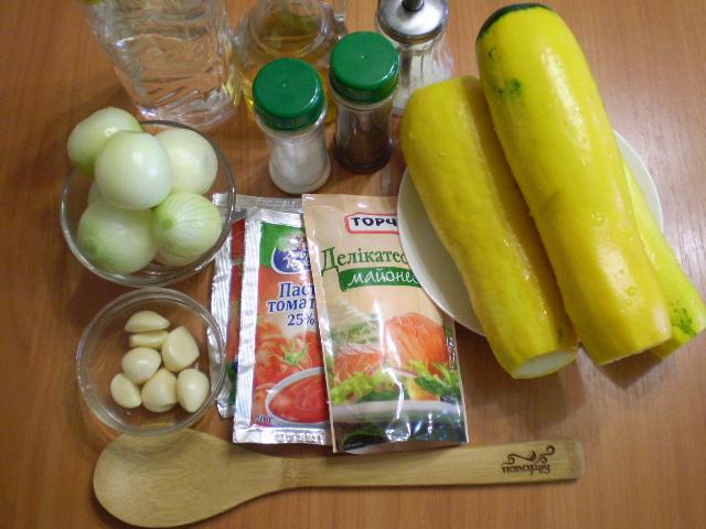 Рецепт Кабачковая икра с майонезом и чесноком