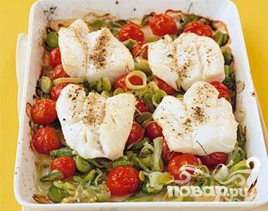 Рецепт Треска с луком и помидорами