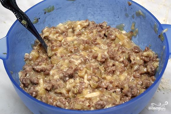 Пирог с сыром и мясом - фото шаг 7