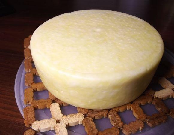 Сыр костромской в домашних условиях - фото шаг 8