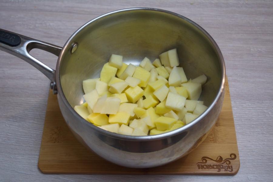 Сырный суп с плавленым сыром - фото шаг 1