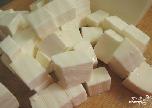 Сыр во фритюре к пиву - фото шаг 1