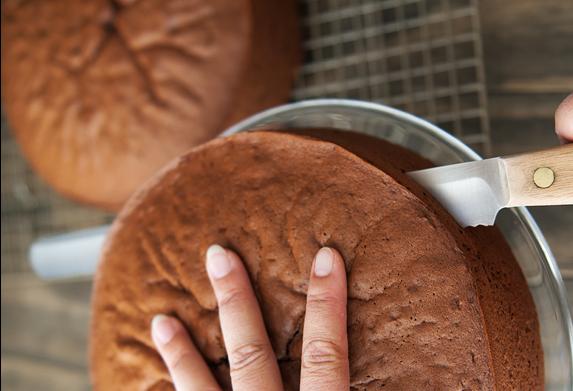 Бисквитный торт с пропиткой - фото шаг 9