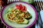 Кабачки, фаршированные рисом и овощами