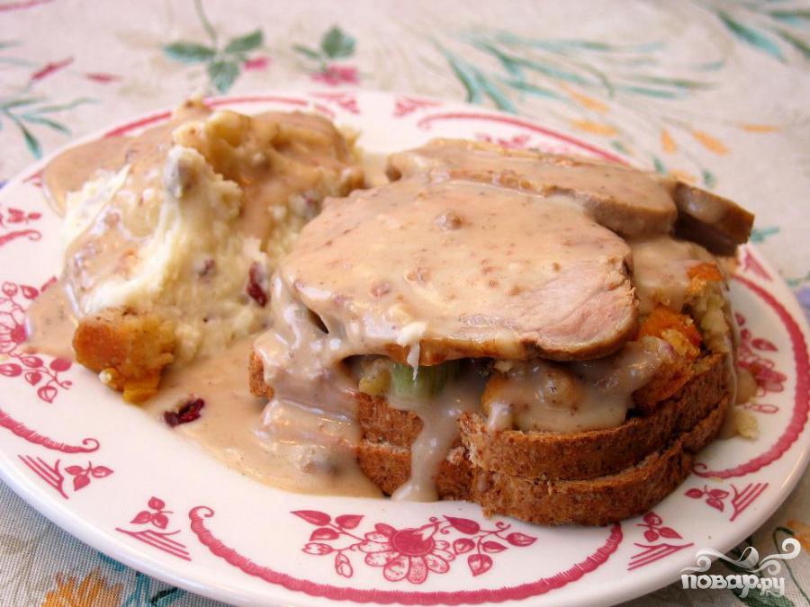 Рецепт Горячий бутерброд со свининой
