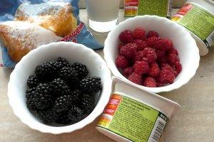 Рецепт Мороженое с ягодами