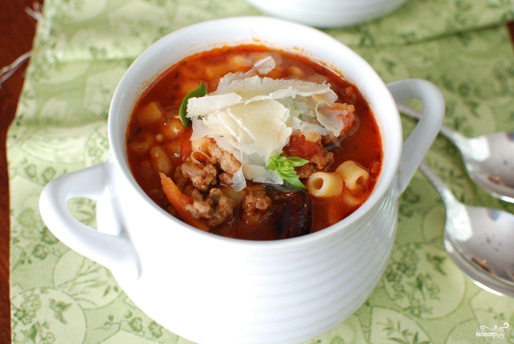 Густой итальянский томатный суп с макаронами и фаршем
