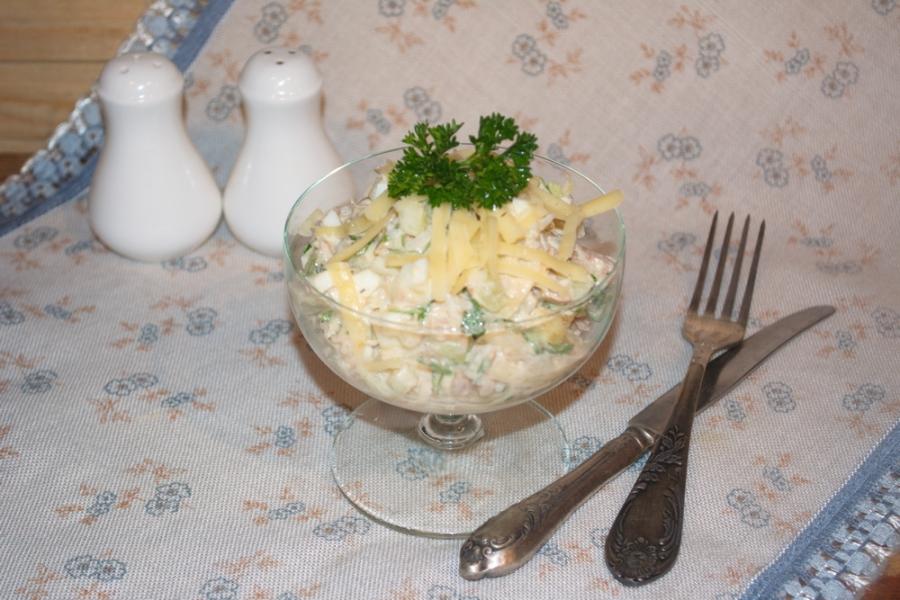 Салат с тунцом, рисом и сыром - фото шаг 5