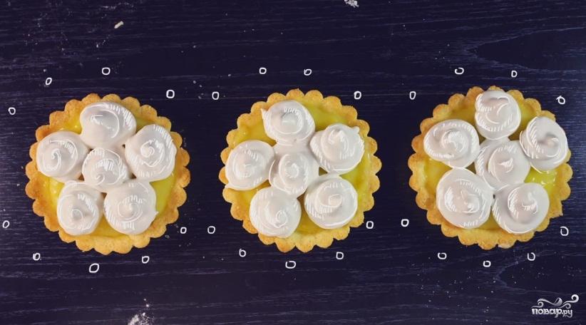 Лимонная тарталетка с меренгой - фото шаг 7