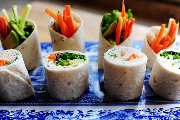 Овощные роллы из лепешек тортильяс - фото шаг 7