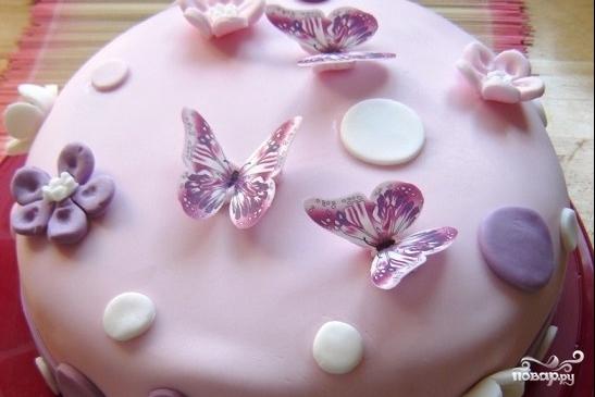 Торт с бабочками из мастики