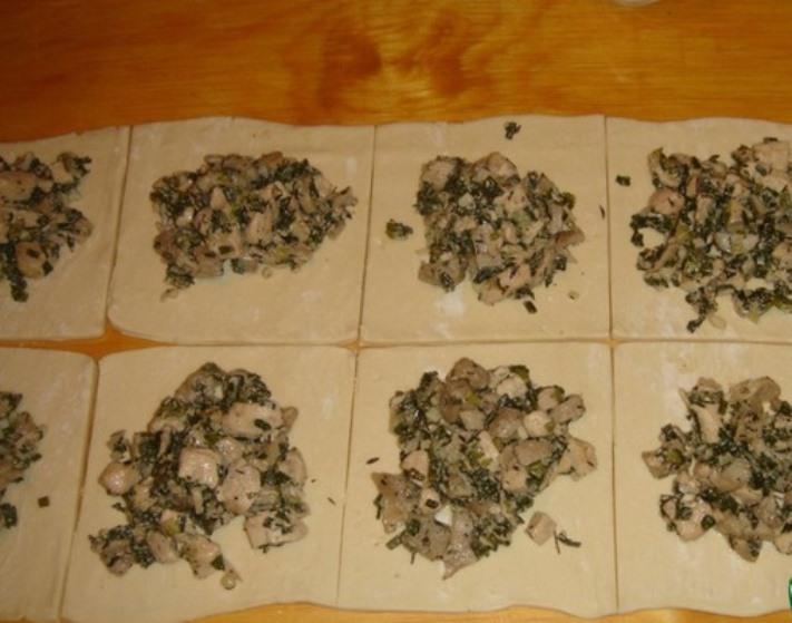 Конвертики с курицей и грибами   - фото шаг 7