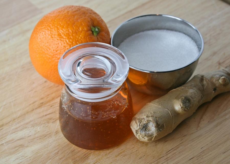 Апельсиновый сок с медом - фото шаг 1