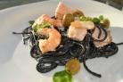 Спагетти с чернилами каракатицы в сливочном соусе
