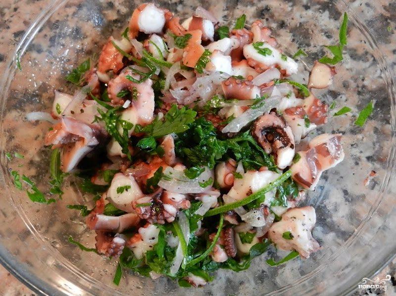 Салат из осьминогов
