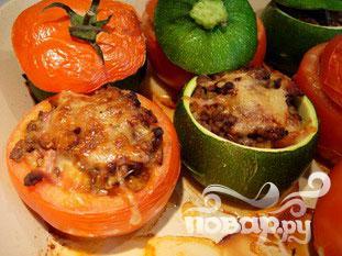 Фаршированные помидоры и кабачки