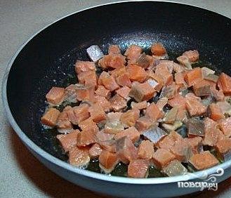 Салат из горбуши - фото шаг 2
