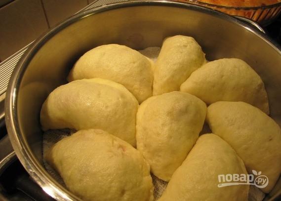 Тесто для вареников на пару на кефире - фото шаг 6