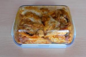 Курица, запеченная в соевом соусе - фото шаг 4