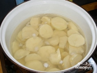 Кальмары с картофелем - фото шаг 3