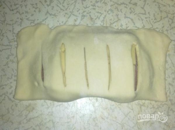 Слойки с колбасой - фото шаг 3