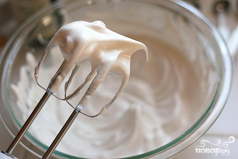 Ананасовый пирог с безе - фото шаг 4