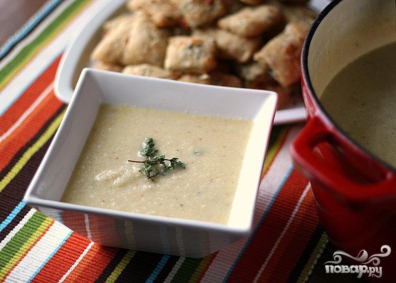 Суп из цветной капусты с сыром