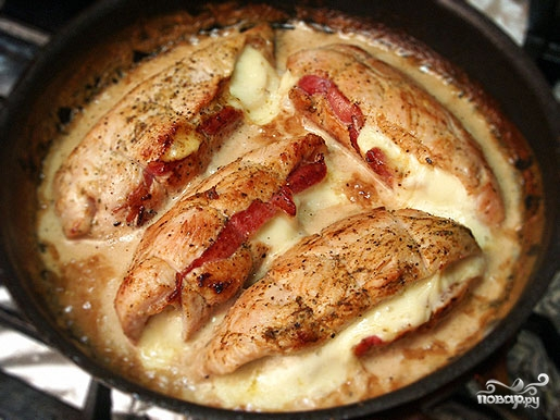 Филе индейки со свининой в духовке