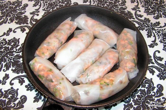 Рисовые блинчики с лососем