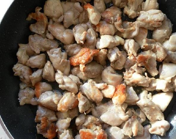 Картошка с курицей и шампиньонами - фото шаг 4