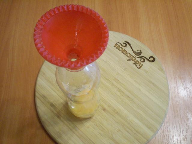 Блины в бутылке - фото шаг 2