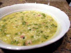 Суп из риса и гороха