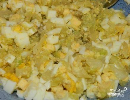 Пироги с капустой и яйцом - фото шаг 7