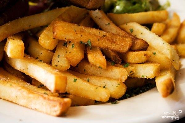 Картофель на сковороде - фото шаг 9